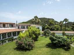 Cormoran Residence