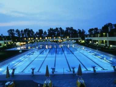 Pool, Strand, Garten