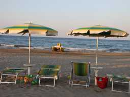 Private beach service in Tortoreto Lido