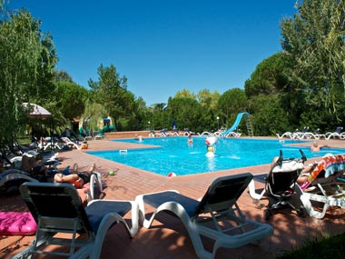 Ferienanlage am Meer in Venturina Terme, Toscana