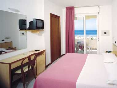 Спальня (комната с полным довольствием, от 2 до 4 человека)