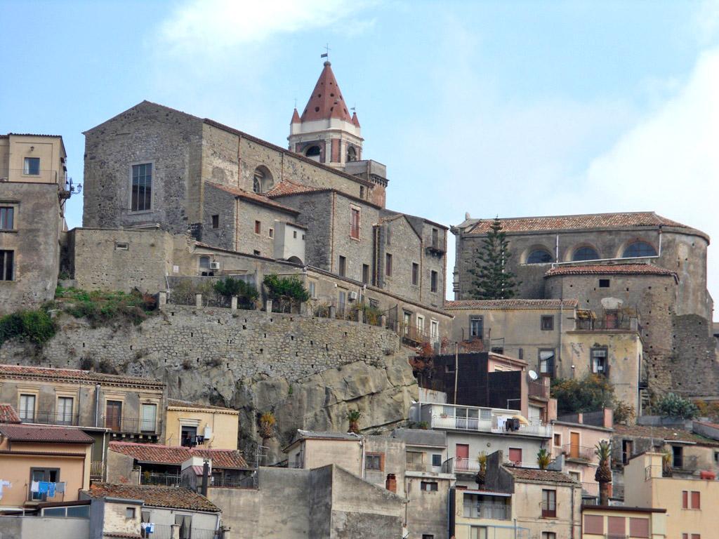 Castiglione di Sicilia Italy  city pictures gallery : 23 sposobów na dobrą zabawę w Falcone