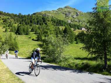 Cycling in Val Camonica