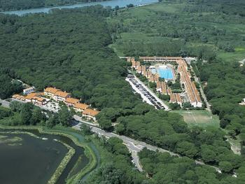 Tipologie di alloggi per vacanze in italia - Villaggi in montagna con piscina ...